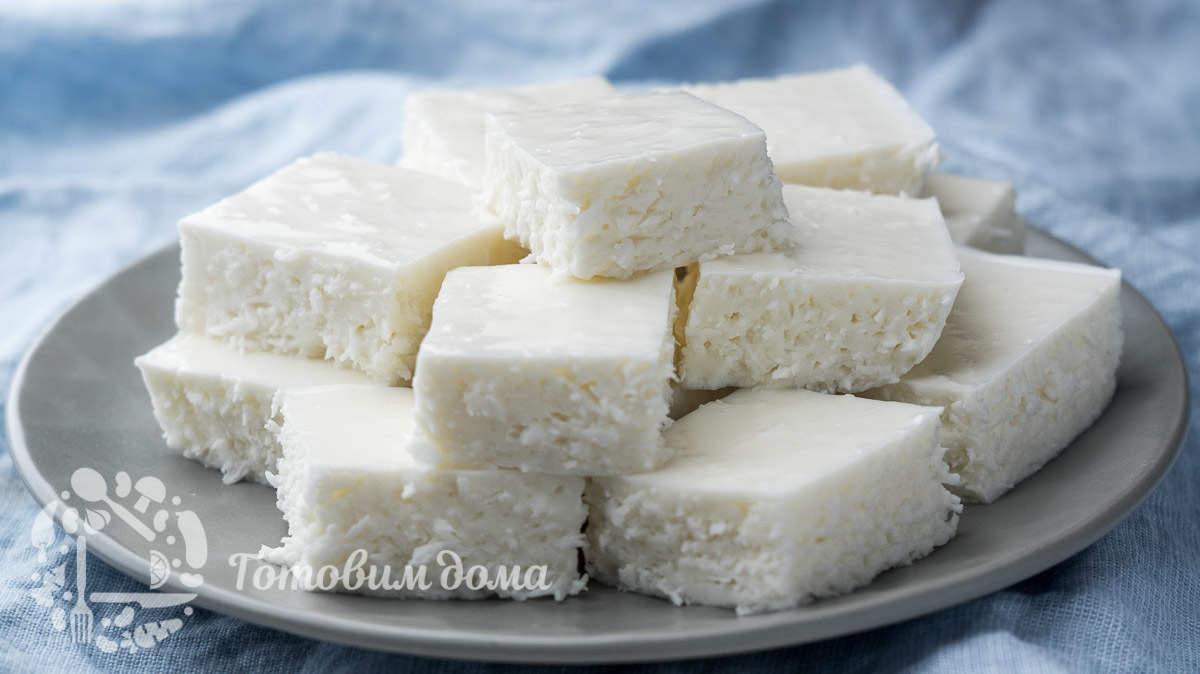 Нежный десерт без выпечки «Кокосовое облачко»
