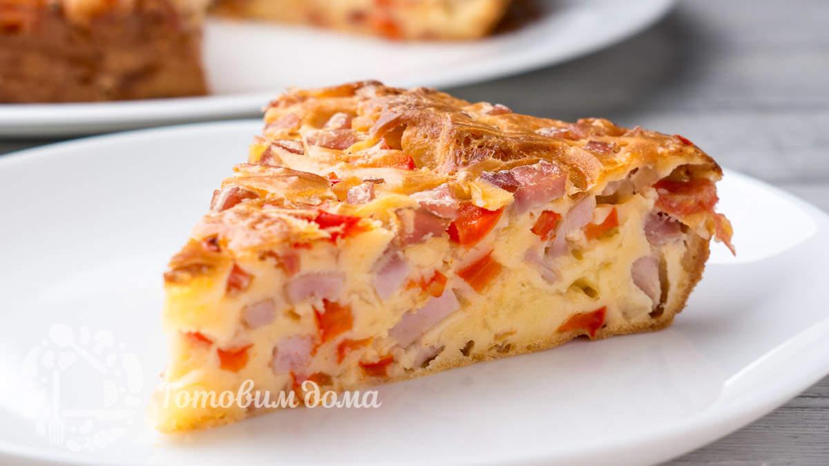 Незатейливый пирог с колбасой «на скорую руку»