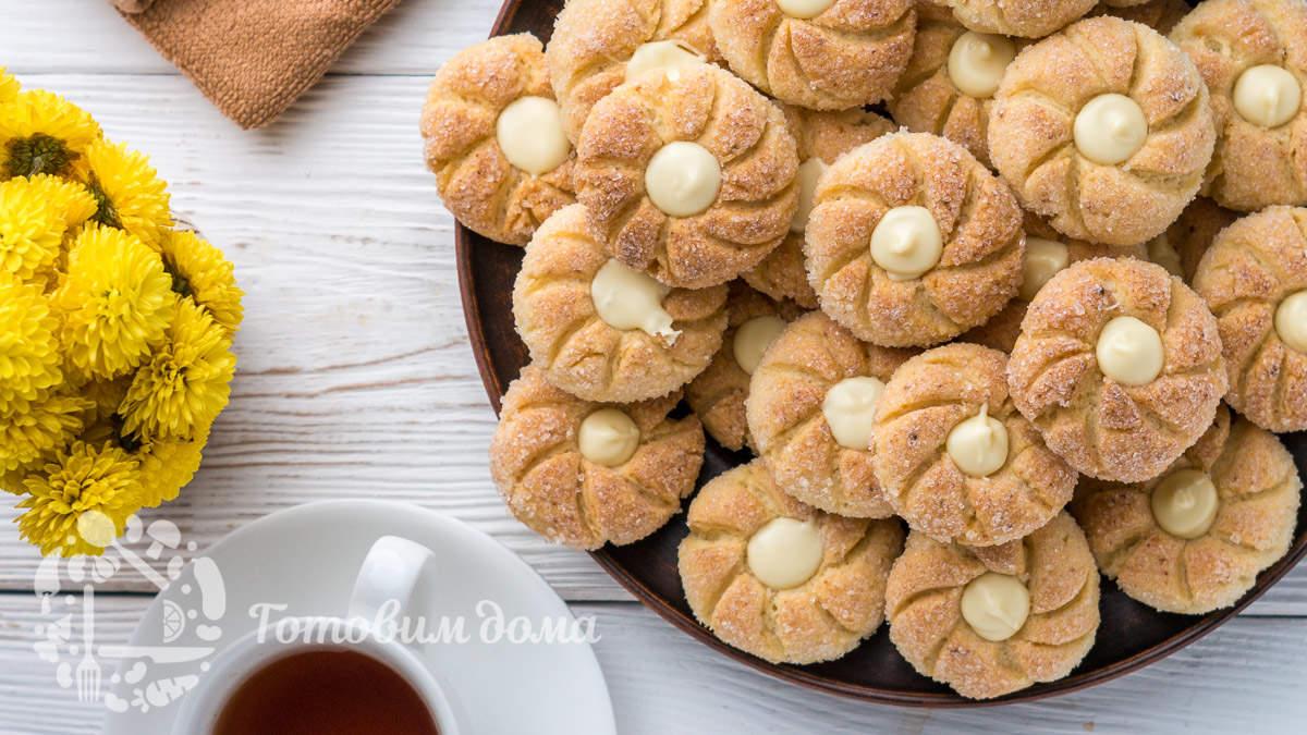 Творожное печенье с шоколадной начинкой