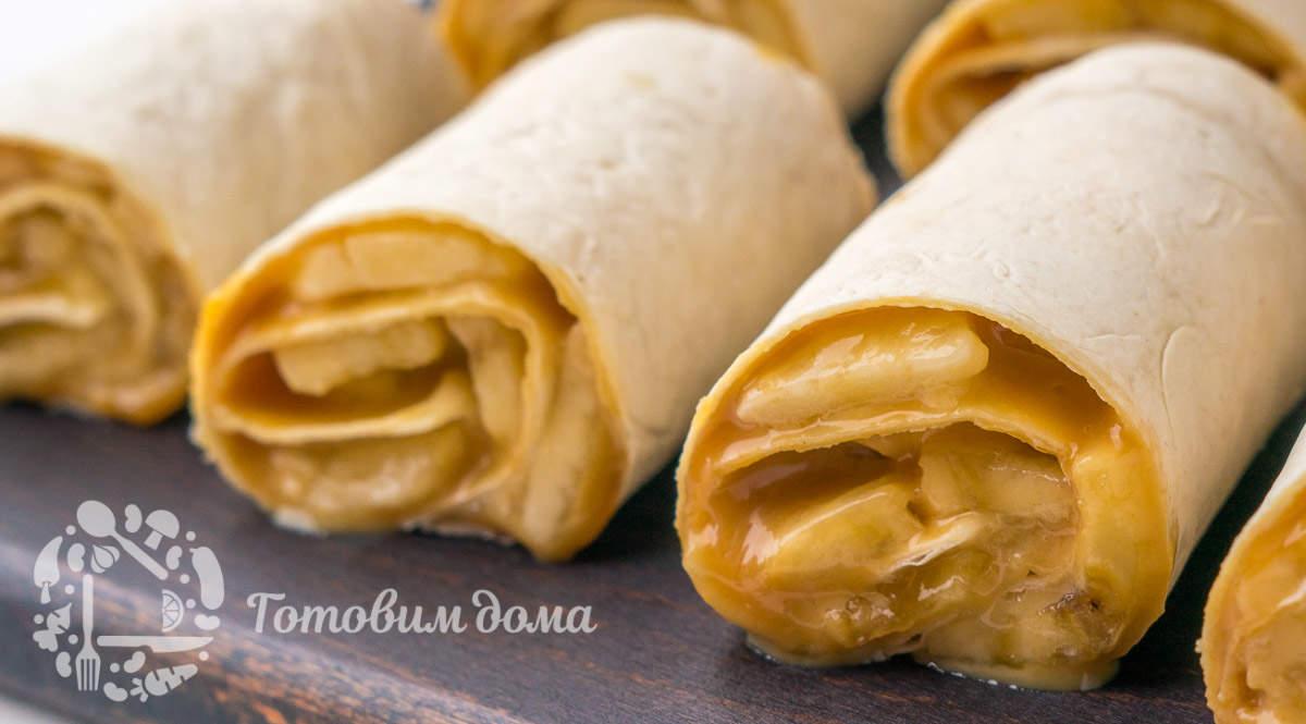 Десерт без выпечки из лаваша и бананов