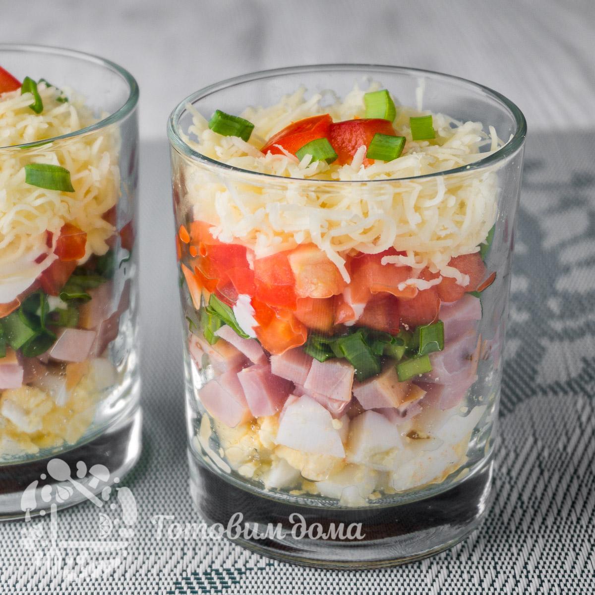 Красивый слоеный салат «ФАВОРИТ»