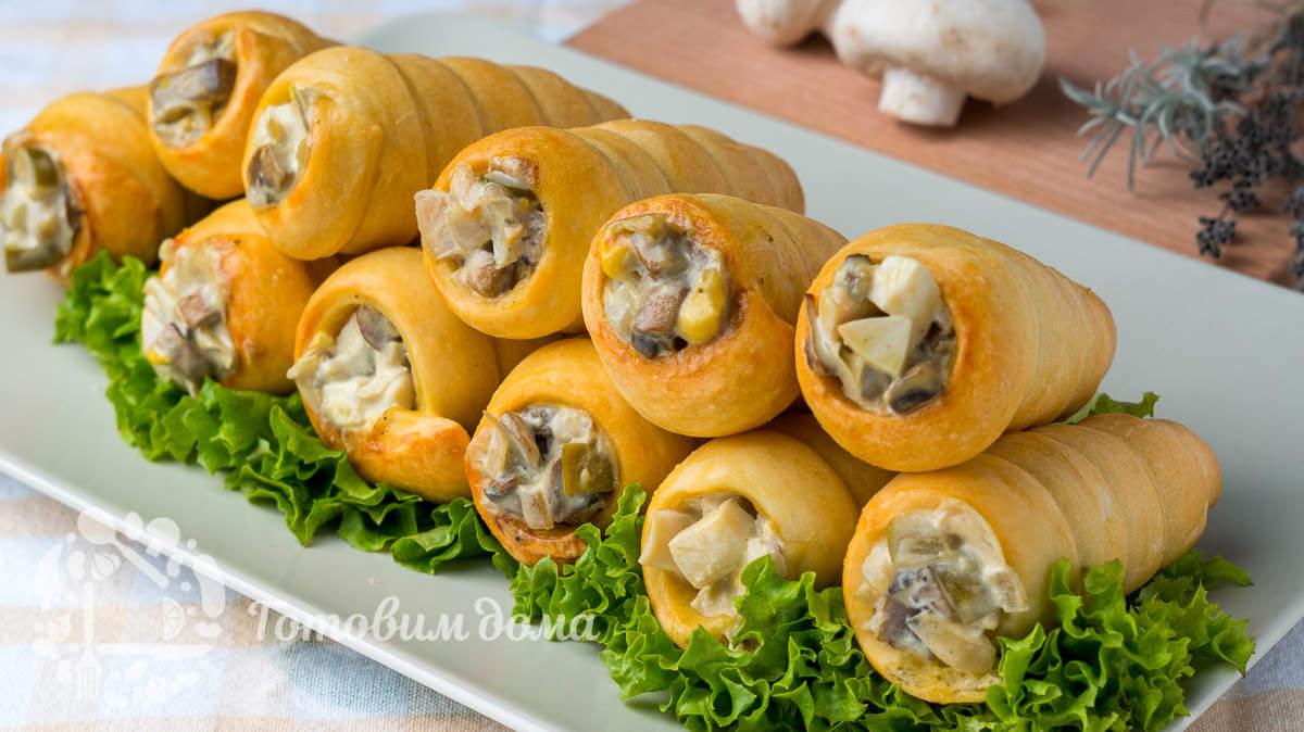 Закусочные трубочки с грибной начинкой