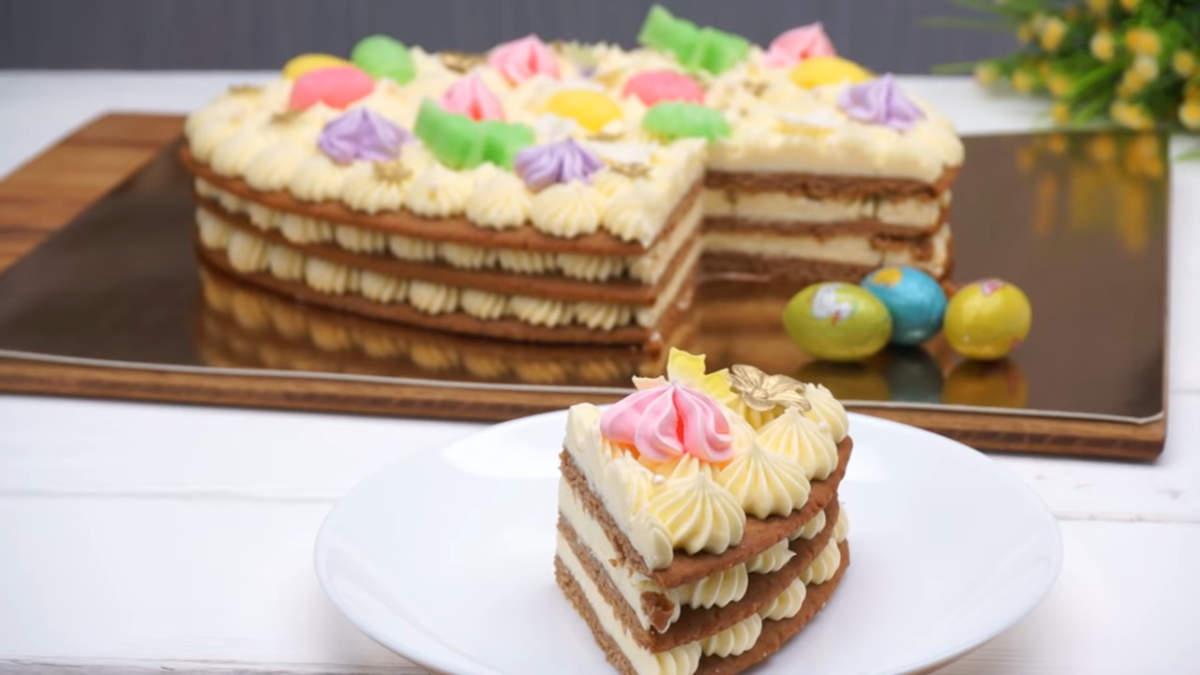 Торт Пасхальное яйцо получился очень вкусным и необычным. Для тех, кто любит медовики, этот торт точно понравится.