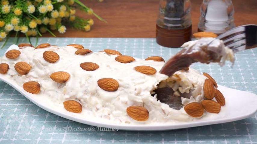 Закуска Герцогиня Сельдь в норвежской шубке получилась очень вкусной, хотя и готовится достаточно быстро и не совсем обычно. Смотрится она на столе красиво и празднично. Обязательно приготовьте такую сельдь, думаю она вам тоже понравится.