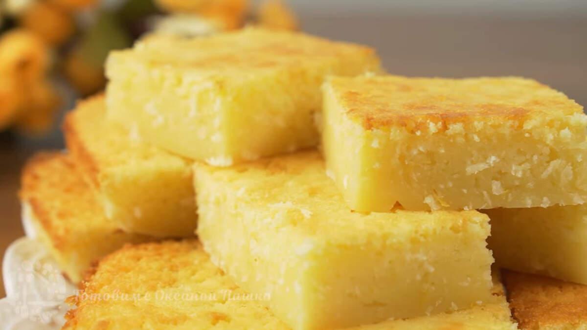 Лимонное пирожное получилось вкусным и ароматным. Оно в меру сладкое, влажное по своей структуре и с приятной кислинкой лимона. Готовится оно очень просто.