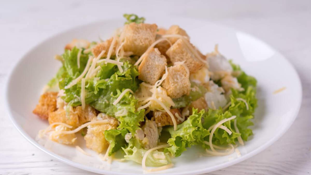 Вот такой очень вкусный и легкий салат получился!
