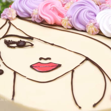 Торт получился очень вкусным и красивым.