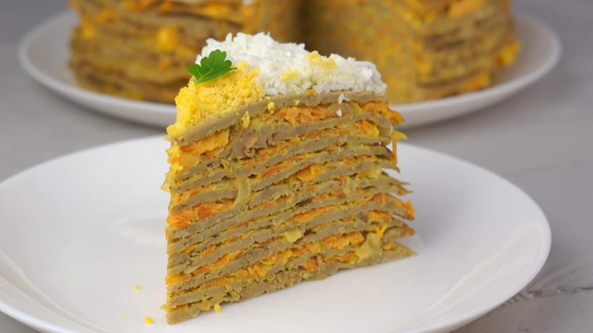 Печеночный торт получился красивым, очень вкусным и сытным. К тому же это блюдо можно отнести к бюджетным. Такой печеночный торт отлично подойдет на праздничный стол или для воскресного обеда. Обязательно его приготовьте.