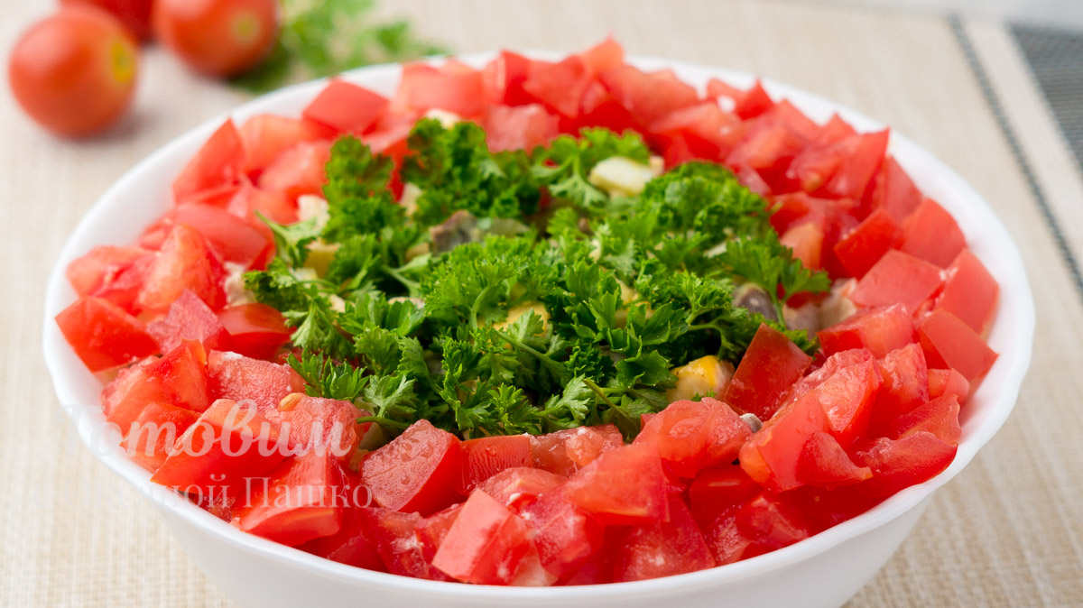 Салат из Куриных Сердечек с Помидорами