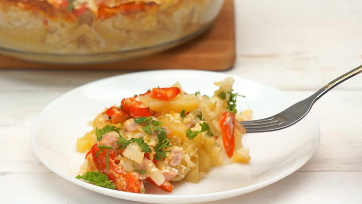 Картофель под сырно-мясной шубой получился очень вкусный и ароматный. Приготовить его не сложно и он отлично подойдет для ужина всей семьей.